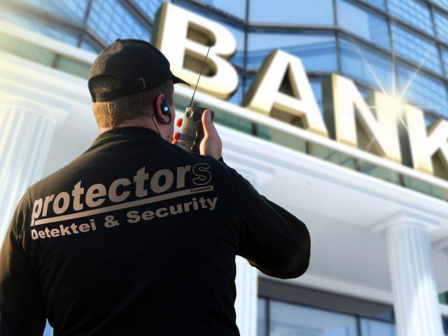 protectors Sicherheitsdienst und Fußstreife sowie Bewachung von Parks, Städte, Straßen und Immobilien